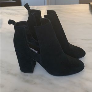 Steve Madden black suede booties